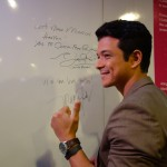 "ABS-CBN contract artist Jericho Rosales says, ""Let's make miracles happen! Yes to cancer-free Philippines"", as he supports ICanServe's early breast cancer detection campaign by signing the ANC Pink Positive Pledge Wall."